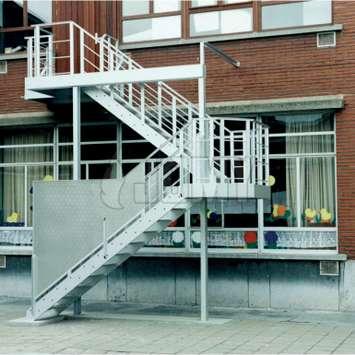 Enclosure of a JOMY stair