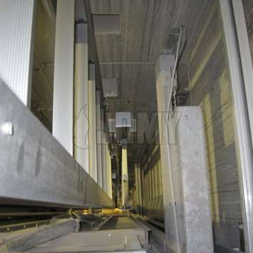 JOMY - mini installed in a elevator shaft